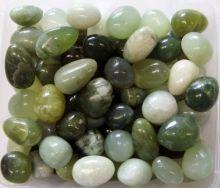 Trommelstein Handschmeichler grüne Jade