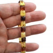 Armband mit facettiertenBernstein Quadraten